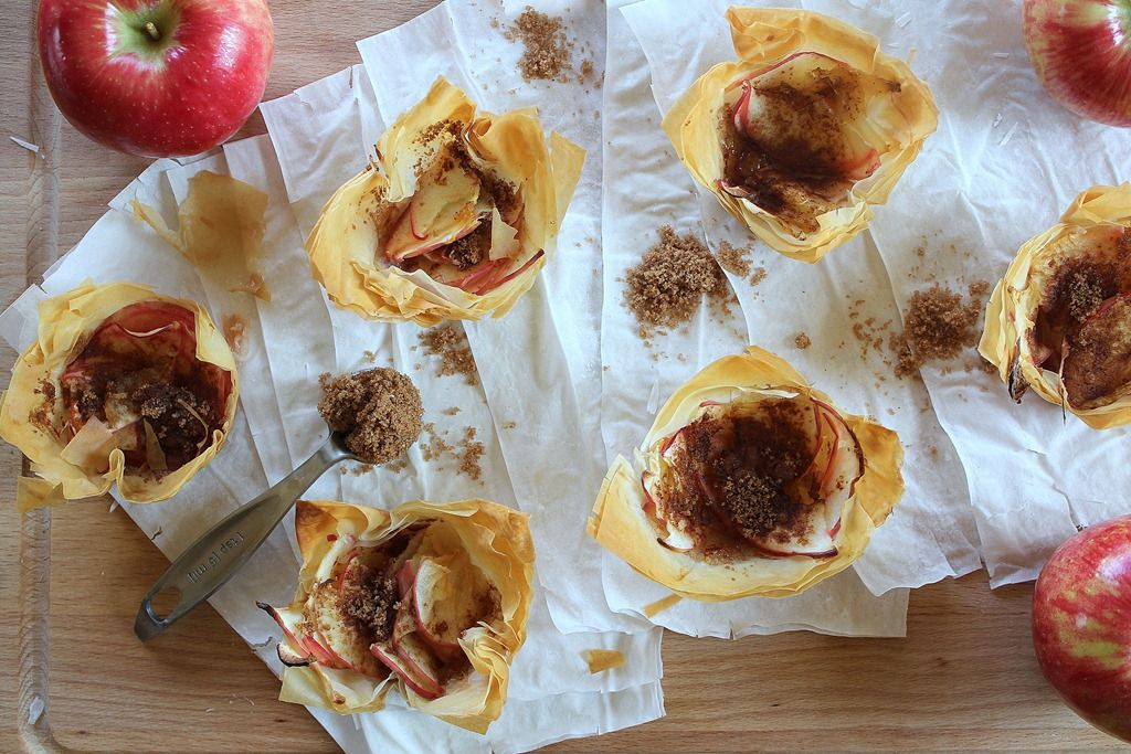 mini phyllo apple pies-great fall idea