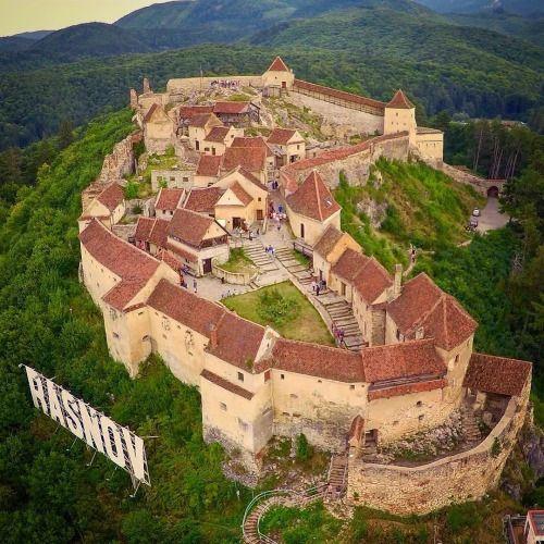 Top Places To Visit Romania: Smartcitymedia: Rasnov Citadel #Brasov #Romania . Photo