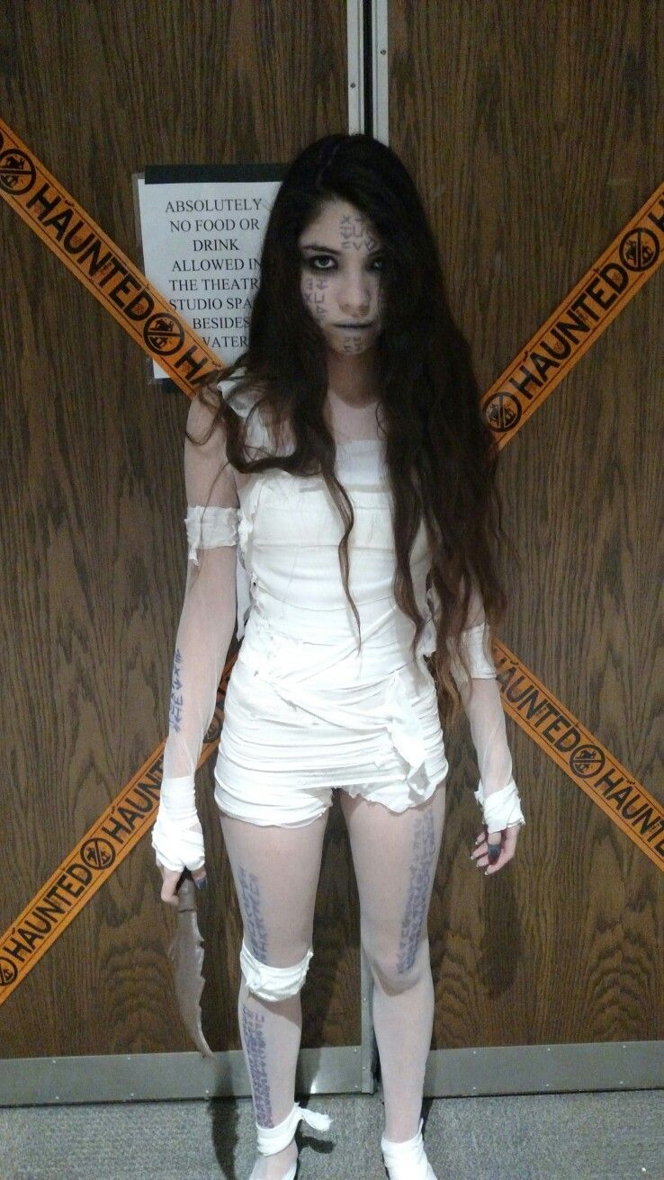 DIY mummy costume, from the mummy Diy mummy