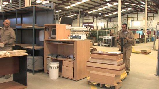 C mo abrir una f brica de muebles de madera como montar for Fabricas de muebles de madera