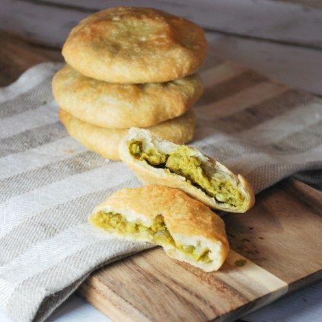 bengali matar kachori food cooking recipes recipes on hebbar s kitchen kachori id=52182