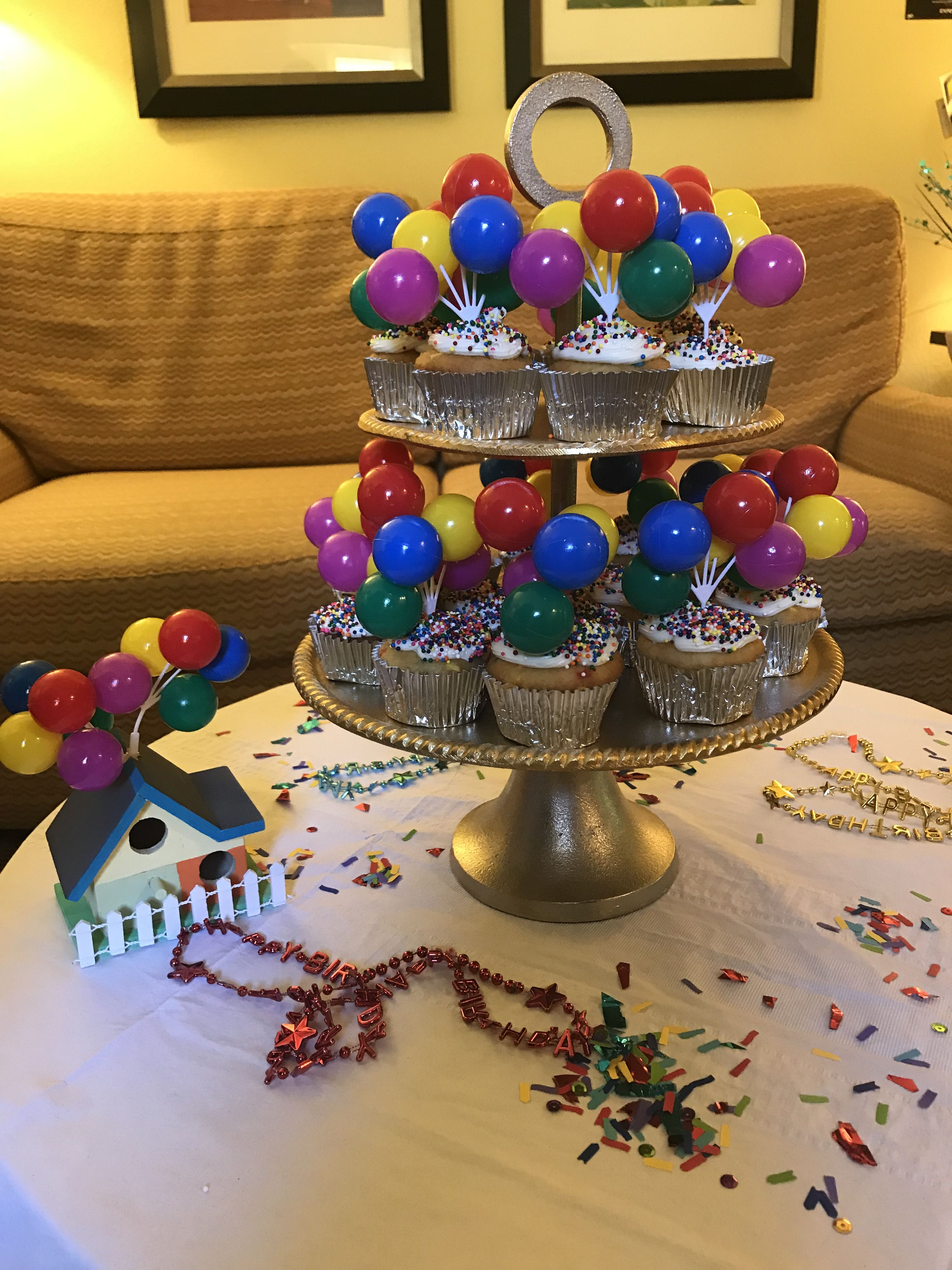 Pixars Up Themed Birthday Party #Cupcakes #Up #Pixar