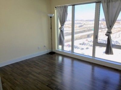 1 Room For Rent In 2 Bedroom Condo Near Wilson Station Toronto New Condo Condo Property For Rent