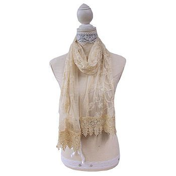 Gorgeous lace scarf!