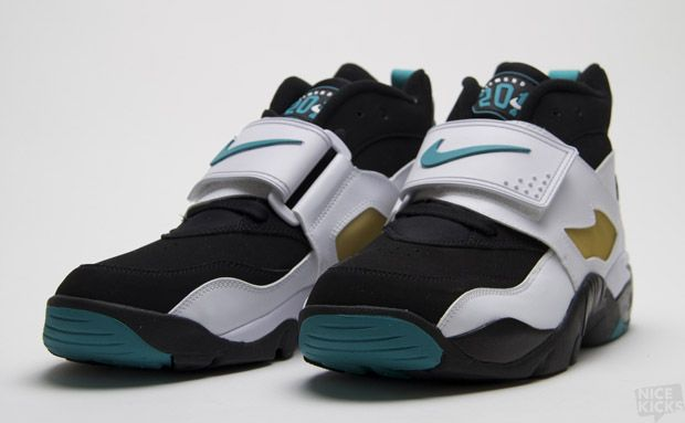 5897d4e22f Nike Air Diamond Turf Emerald Green - Had to have these! These were my 1994  Eastlake Titans game changers
