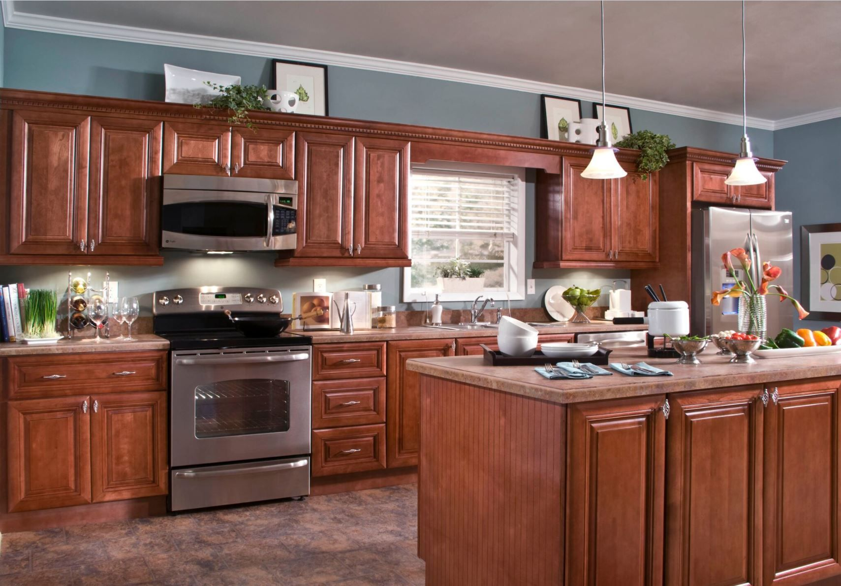 Shop Our Kitchen Cabinets Department To Customize Your Lyndhurst Base Cabinets In Cabernet Today A Small Kitchen Cabinet Design Tuscan Kitchen Kitchen Cabinets