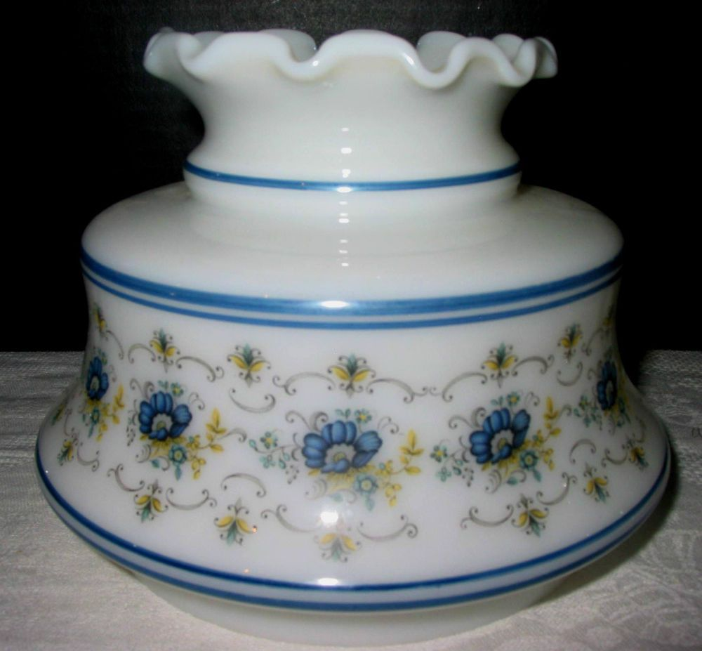 Vintage quoizel abigail adams 6 gwtw style milk glass hurricane vintage quoizel abigail adams 6 gwtw style milk glass hurricane lamp shade aloadofball Gallery