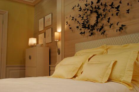 paul villinski butterfly installation wall decor from serenas bedroom in gossip girl - Blair Waldorf Schlafzimmer Dekor