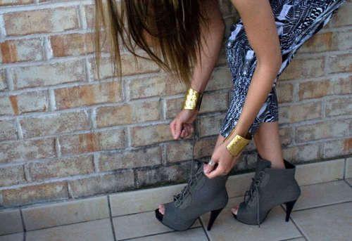 Peep toe grey #booties!