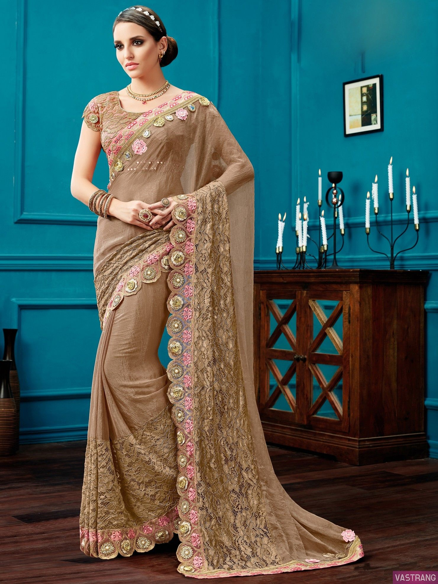 83aba493bd7f4b Gold Color New Heavy Flower Embroidered Girl Elegant Bridal Saree ...