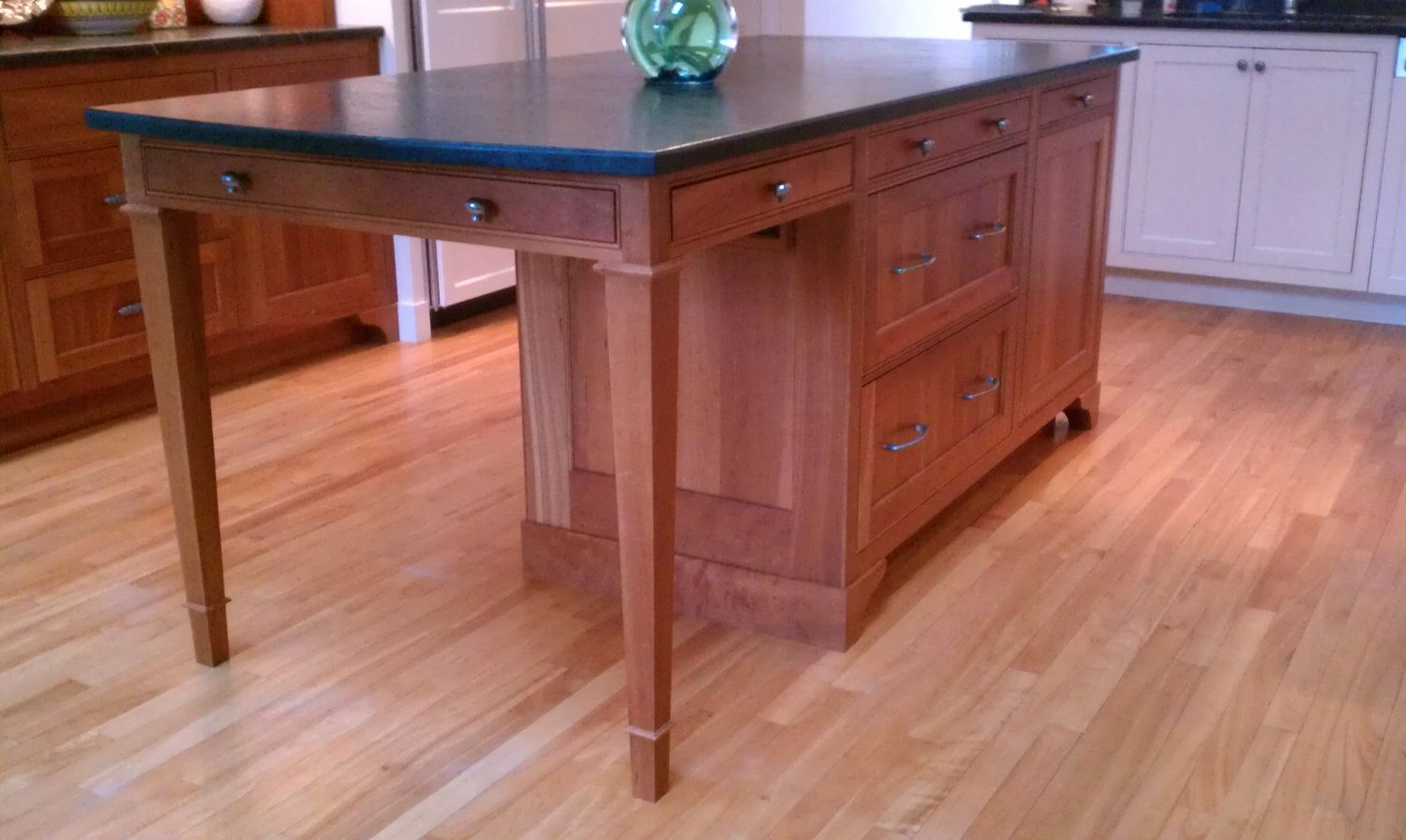 Kitchen Islands Add Beauty Function And Value To The: Table Style Working Island