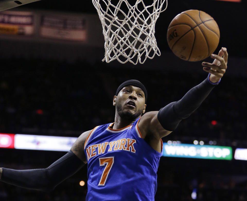 Anthony Returns Knicks Surprise Spurs 105 101 Carmelo Anthony Knicks Anthony