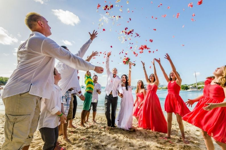 Celebrate your cruise ship wedding while on St Thomas or St John. Find out how with a vendor guide and travel directory  https://custombeachweddings.com/