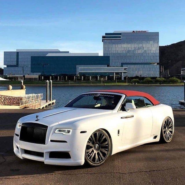 Photo of Rolls-Royce Wraith