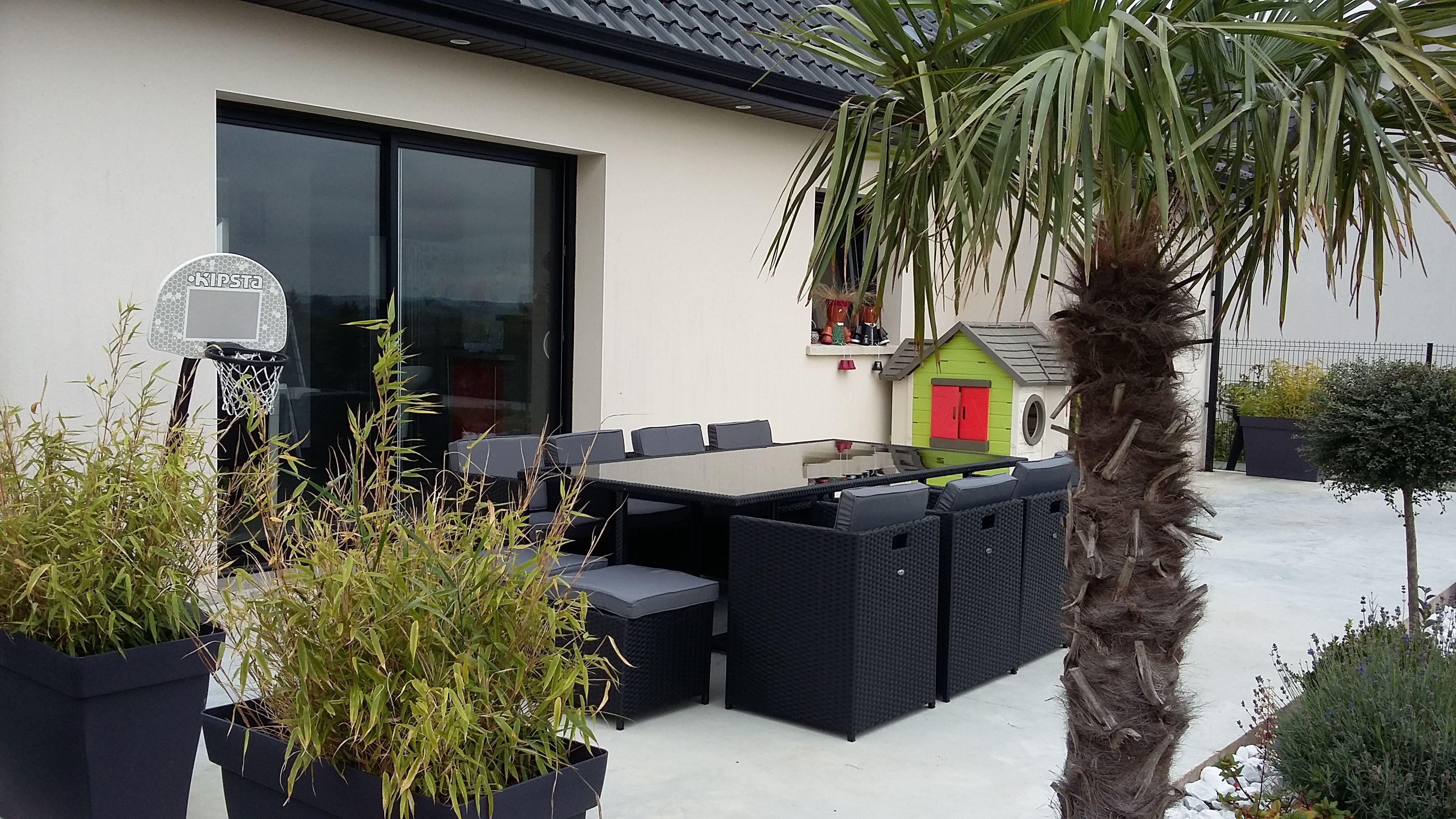 Vasto 12 : Table de jardin en résine tressée encastrable 12 places ...