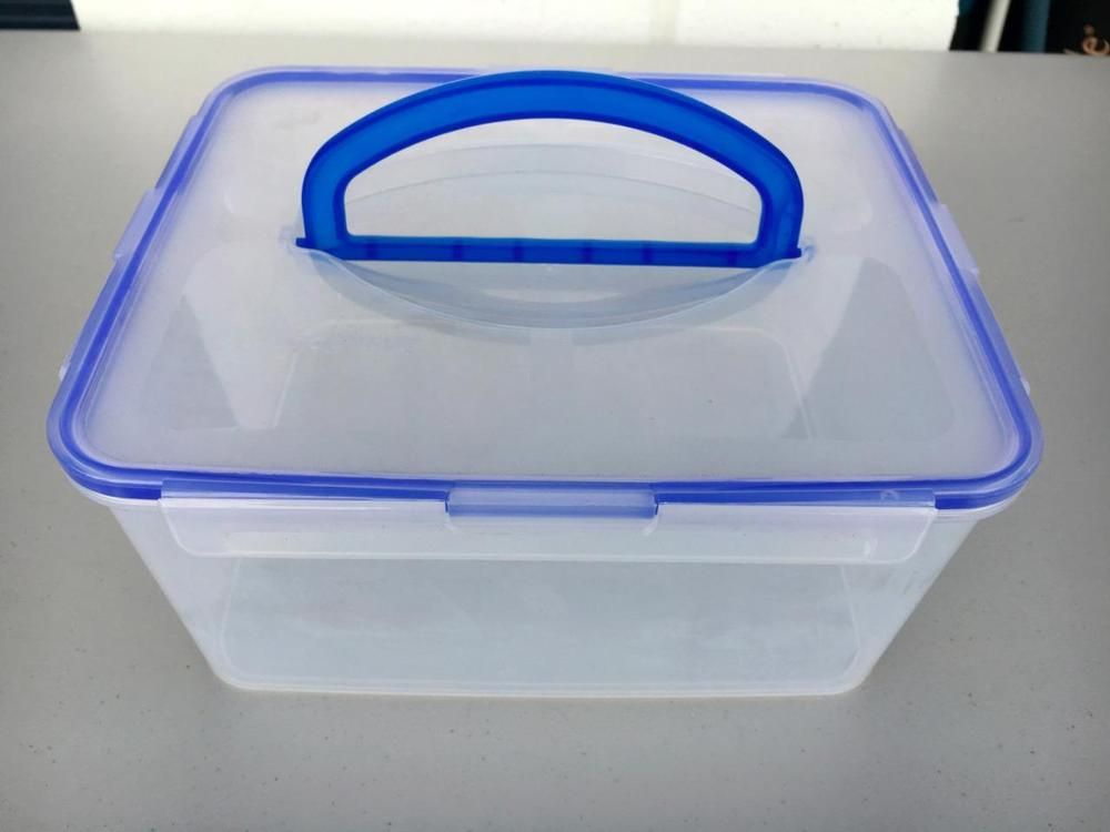 Snapware 185 Cups Rectangular Airtight Food Storage Container w