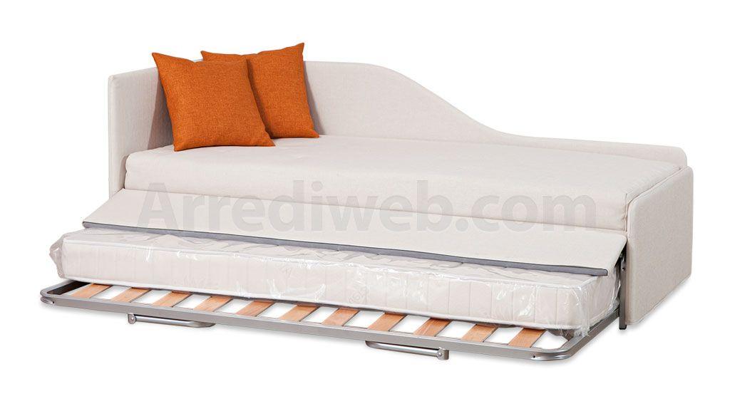 Un elegante divano dormeuse con doppio letto singolo, all