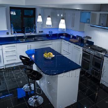 quartz worktops | sparkly kitchen counter | tilesporcelain | me