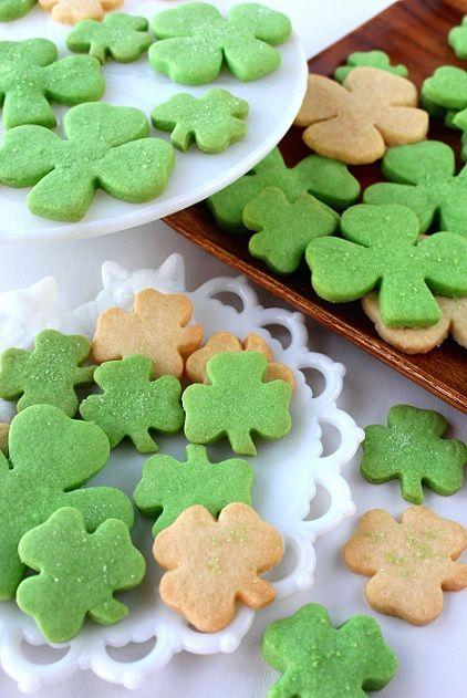 "Shamrock Shortbread Cookies via this blog, ""SugaryWinzy"""