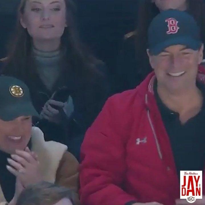 Trent Frederic's parents were loving his NHL debut! 😂 ••• #Repost @JayAndDan HIGH FIVE!!! 🖐🤛😬😂 #JayAndDan •• (�
