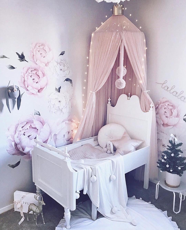 Traumhaftes Madchenzimmer Mit Spinkie Betthimmel Girls Pinterest
