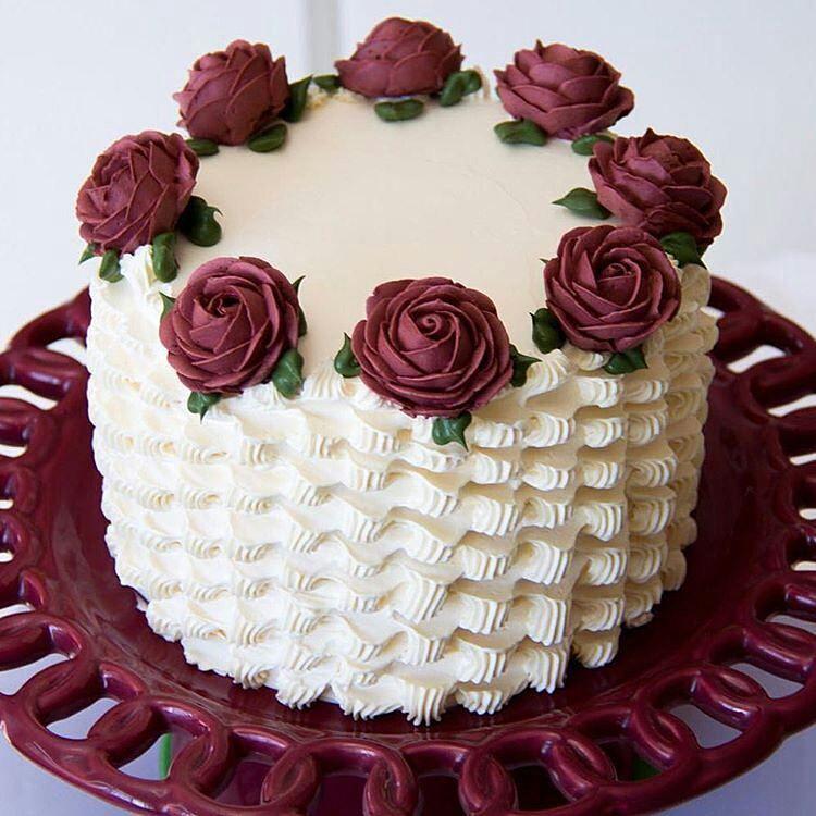 Картинки тортов украшенных кремом