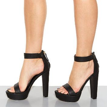1000  images about heels on Pinterest | Chunky heels Zendaya and