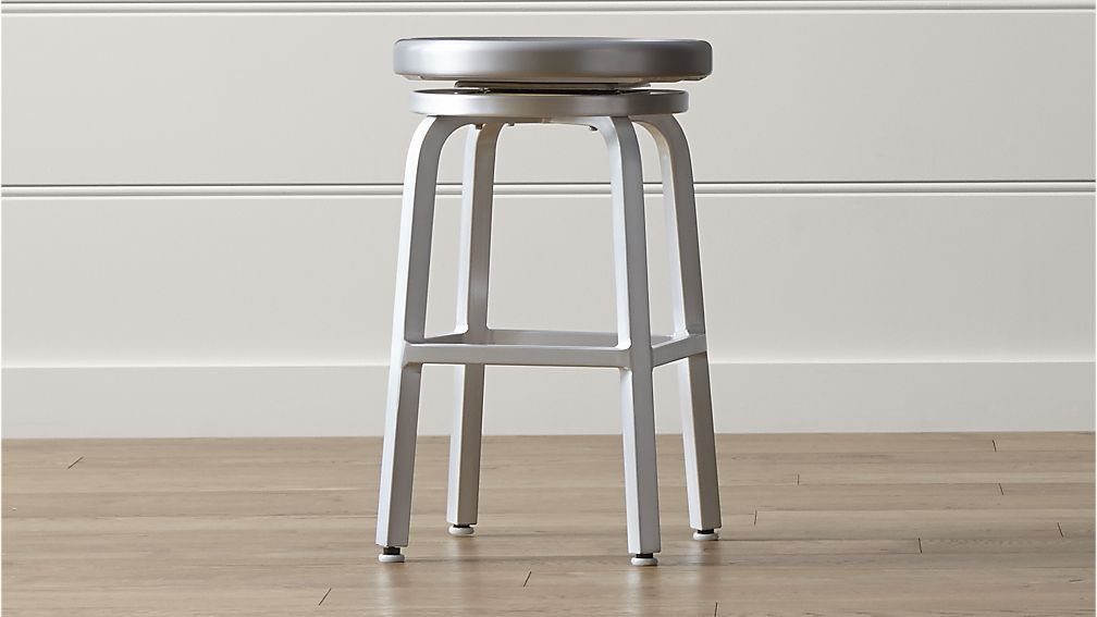X4 Spin Swivel Backless Counter Stool Crate And Barrel 2 For K