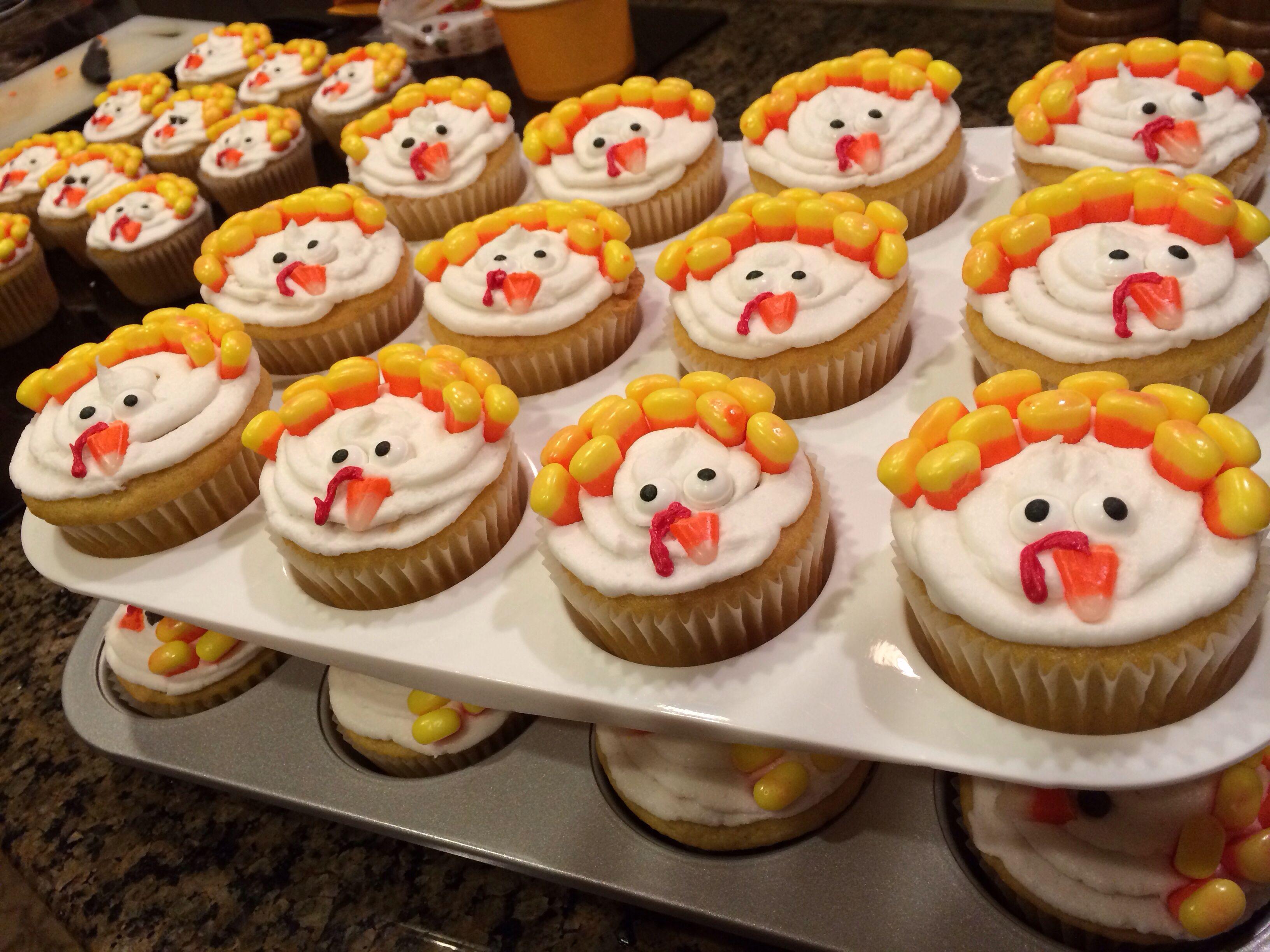 Thanksgiving cupcake decorations - Thanksgiving Cupcake Decorating Idea Egg Dairy Peanut Tree Nut Free Used