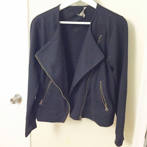 Gorgeous banana Republic cloth motorcycle jacket Brand new, never worn, moto jacket from Banana Republic. It's made of a cotton polyester blend, has gold tone hardware. The label is torn off on one side, purchased that way, can easily be reattached. Banana Republic Jackets & Coats