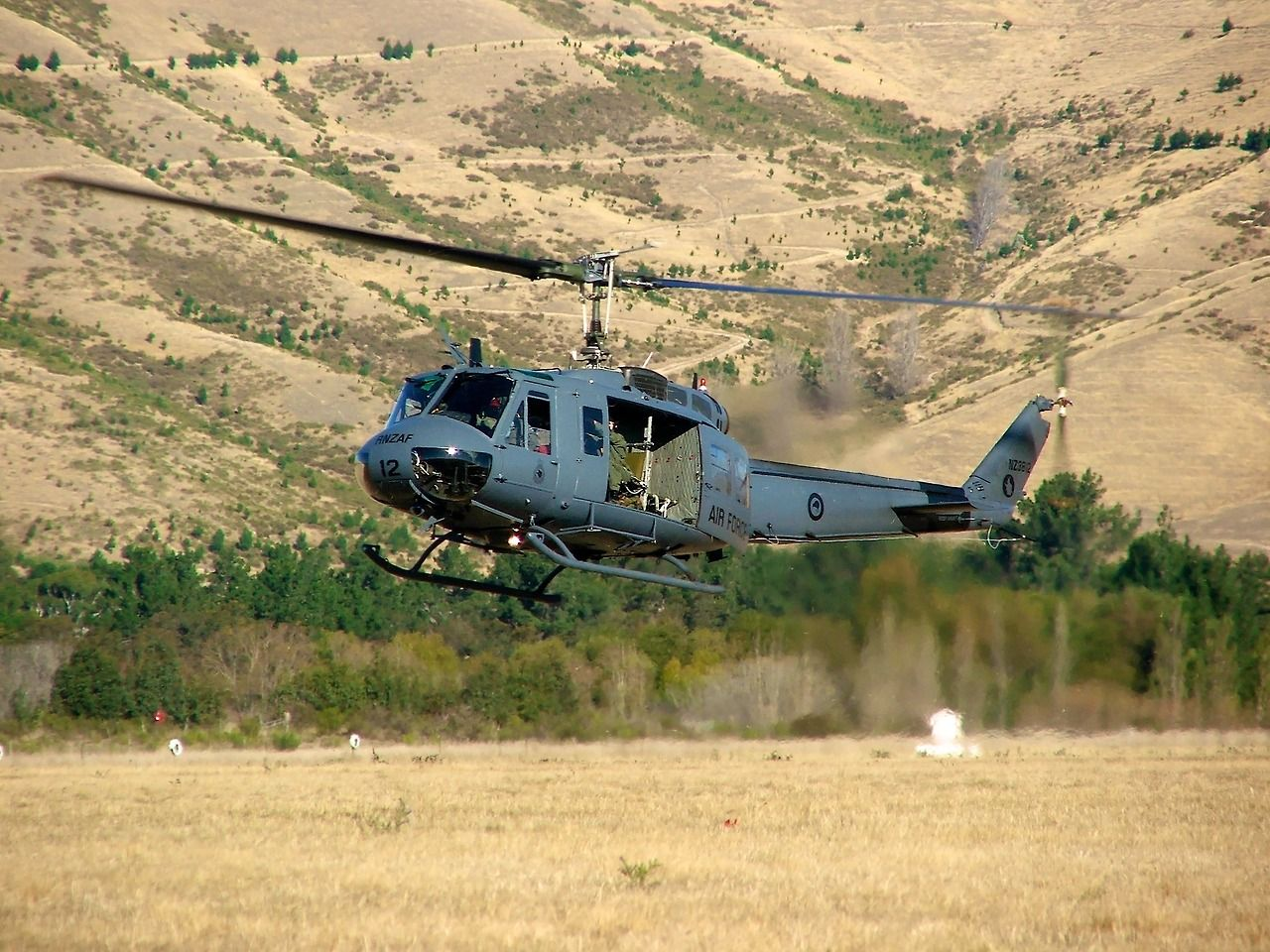 RNZAF UH1 at Classic Fighters 2007 Type Bell UH1H