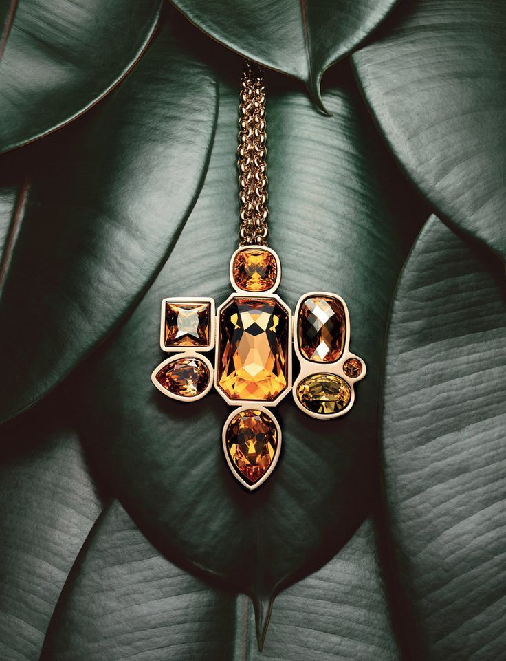 Photo of glass photo necklace #jewelryphotography