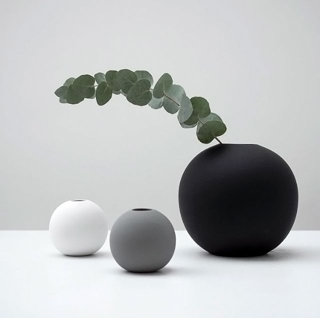 Cooee Ball Vase Is To Me Cramiques Pinterest Interiors