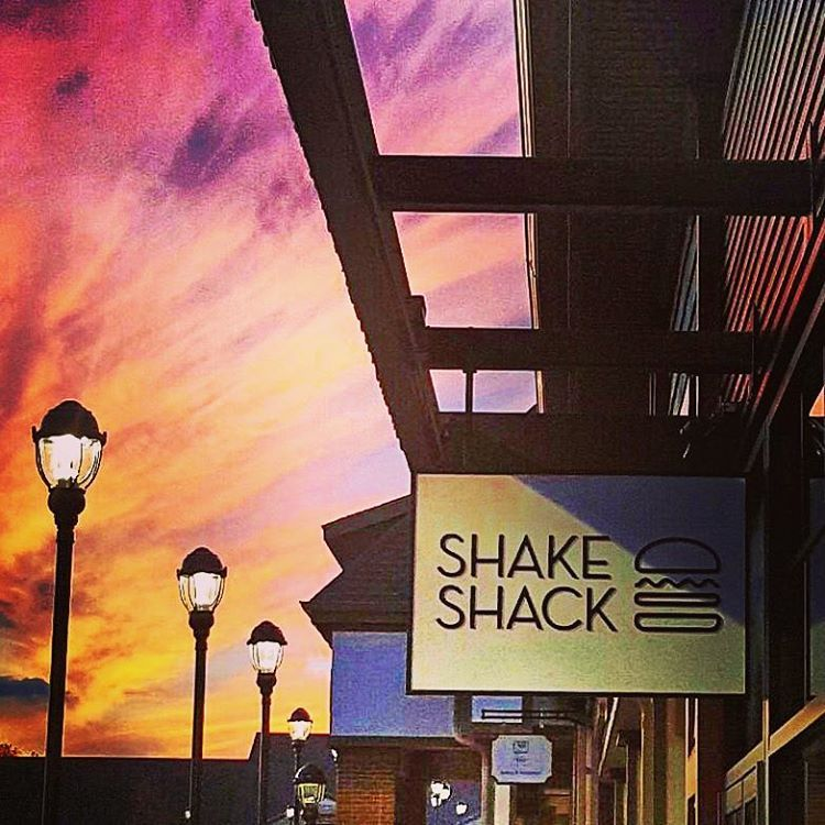 Shop 'til you Shack! We're opening in #woodburycommon @premiumoutlets TOMORROW, Thursday, October 29th at 11AM. #shakeshack