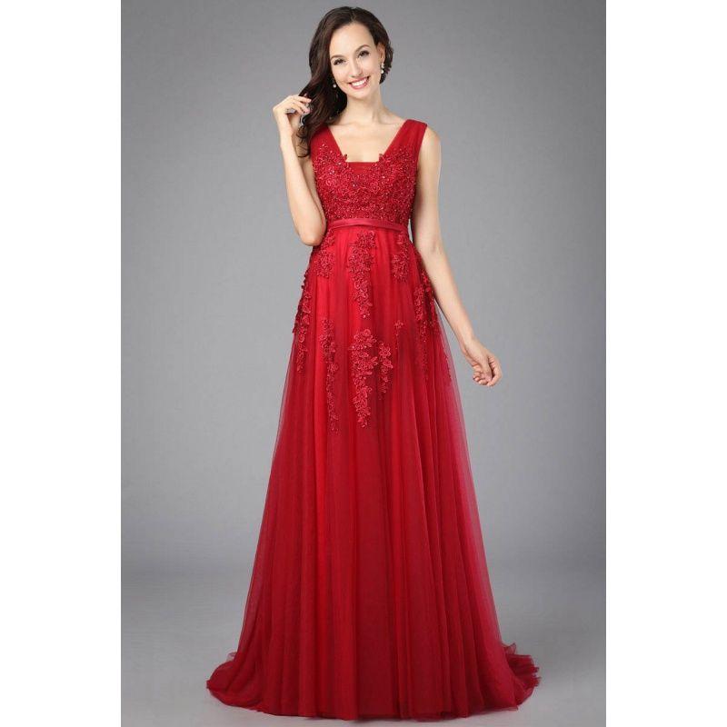 8beaaf971b9f Dvojdielne večerné šaty s priliehavou saténovou sukňou