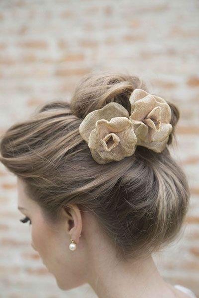 chignon haut mariage   Wedding hairstyles, Prom hair, Bride hairstyles