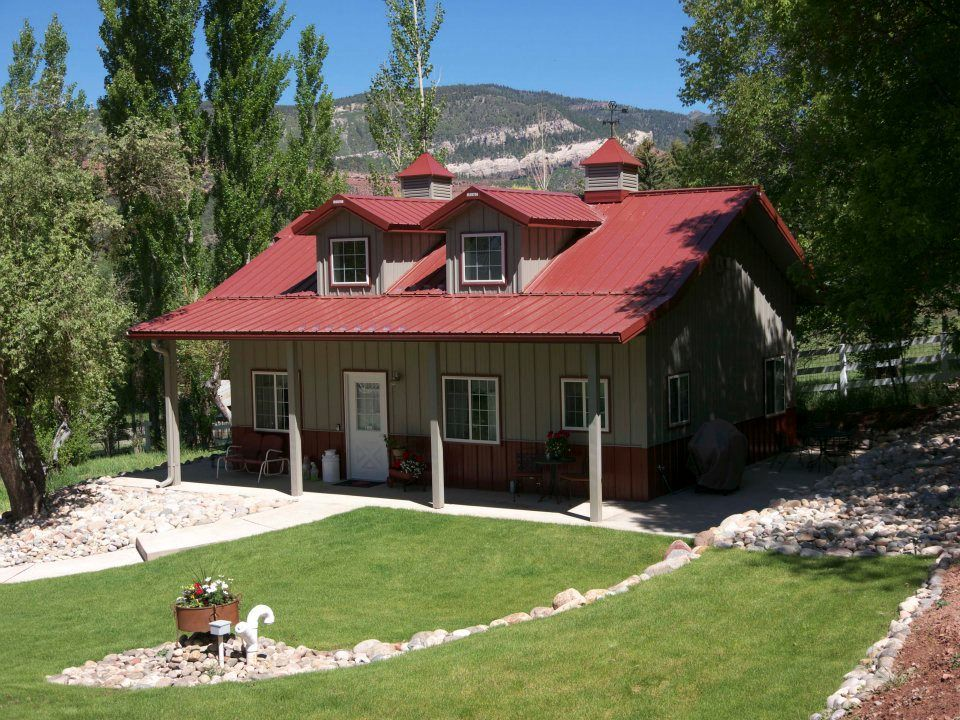 Sweet peaceful morton cabin built in durango co click for Morton building house kits