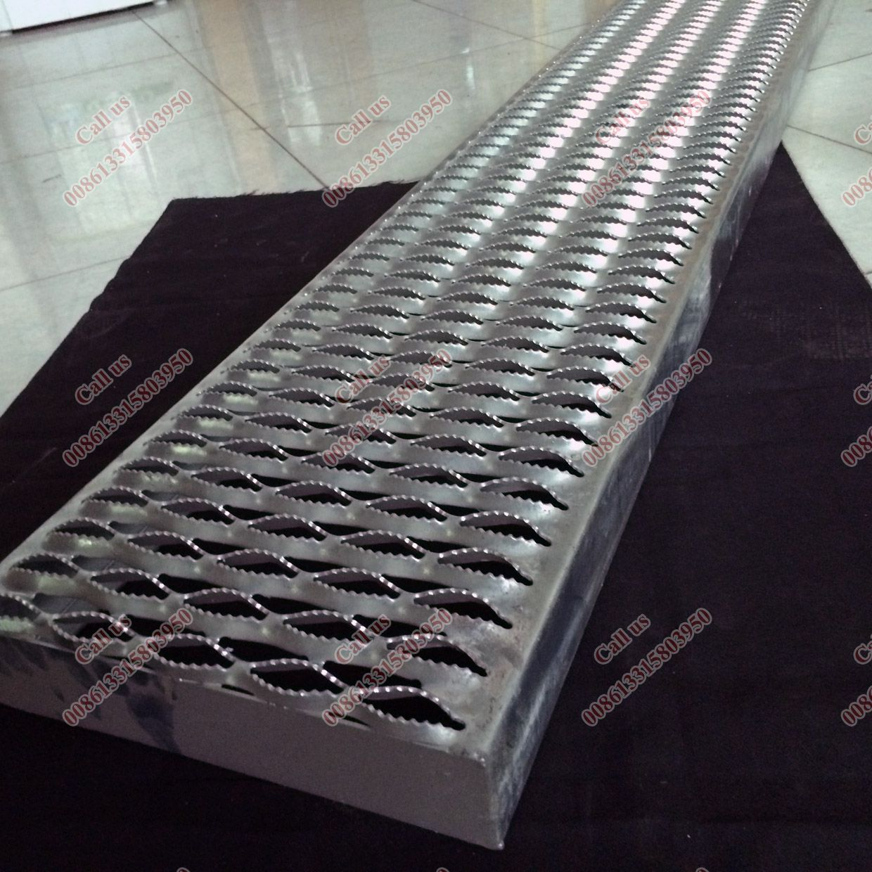 Best Perforated Metal Deck For Flooring Galvanized Safety 400 x 300