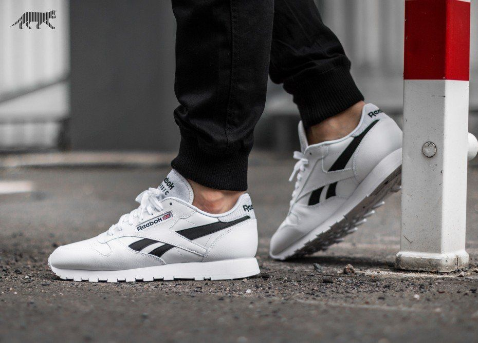 reebok classic leather mens on feet