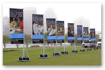 Austin Sign Banner Carwrapping And More From Prographix In - Vertical vinyl banners