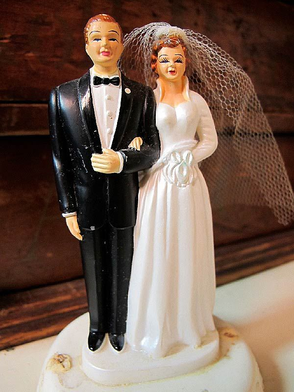 Vintage Wedding Cake Topper 38088