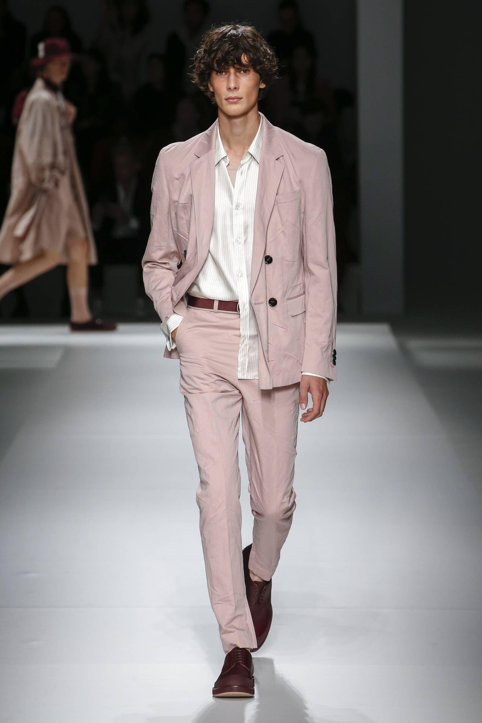 e07f8b46da5 BOSS Spring/Summer 2019 Ready-To-Wear | Smart man | Stylish mens ...