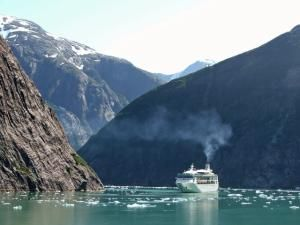 Alaskan Christian Cruise Pictures Cruise Ship In Tracy Arm - Christian cruise ships