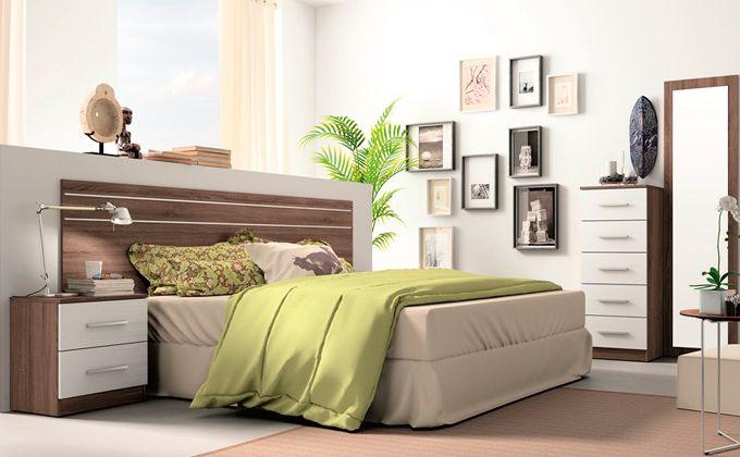 Dormitorio con mesitas, sinfonier marco vestidor | quarto ...