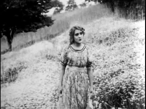 1910 What the Daisy Said -   Mary Pickford