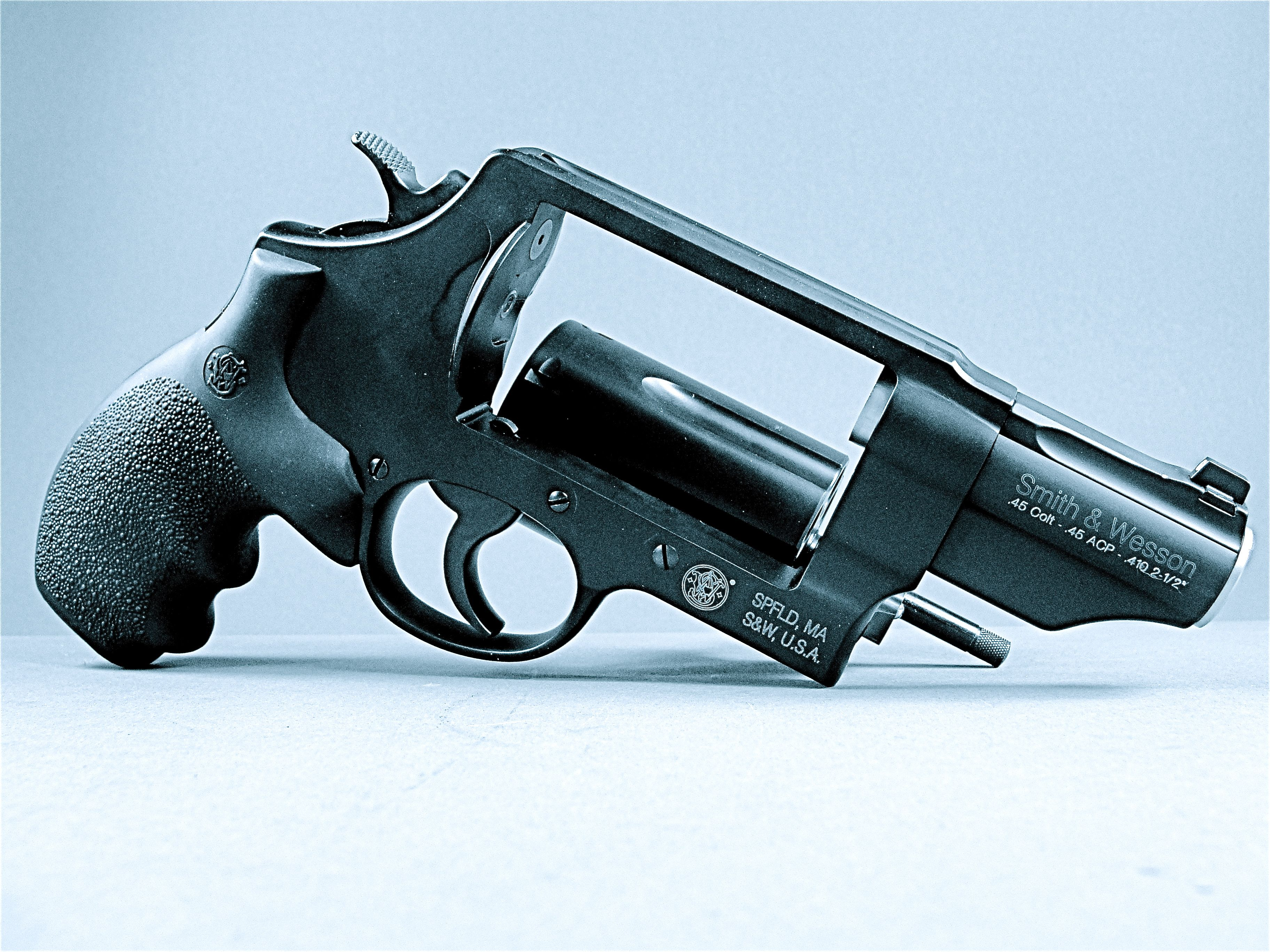 wesson single women These self-defense handguns will work for anyone, but they're especially popular with women.