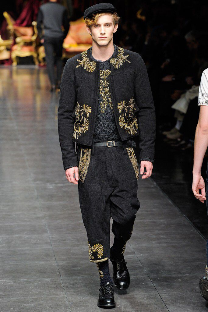 ea01a7e16fd7 See the complete Dolce   Gabbana Fall 2012 Menswear collection.