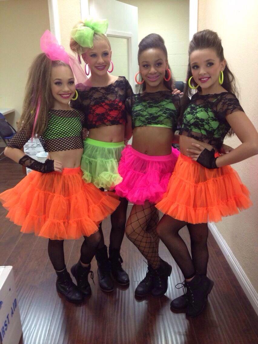 Maddie, Paige, Nia & Kendall | Dance moms girls, Dance