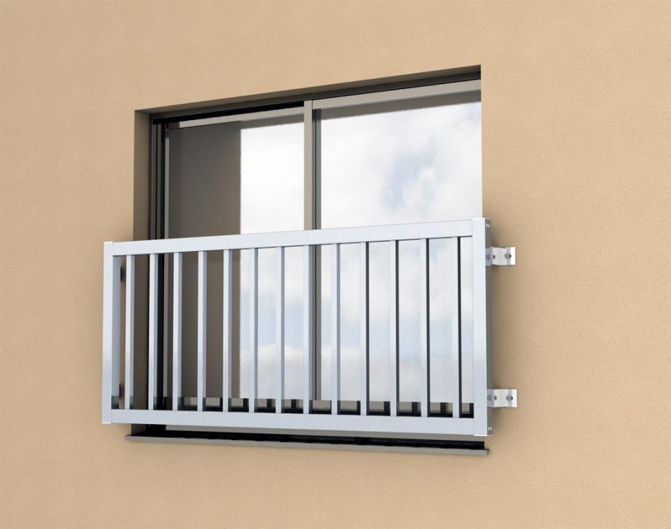 窓に転落防止の手すりを取り付ける費用 価格は 窓 窓 柵 手すり