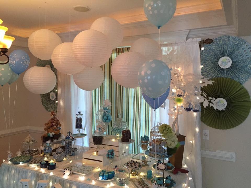 Decoraci n con globos orientales bombas azules mesa de - Decoracion con biombos ...